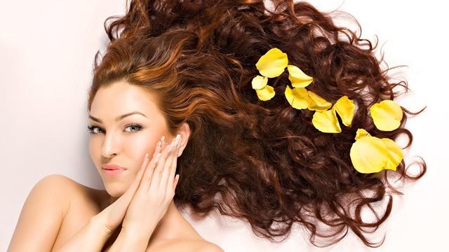 Процедуры по уходу за волосами против секущихся кончиков, для выпрямления и увеличения объема