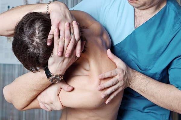 Методики мануальной терапии шейного отдела позвоночника